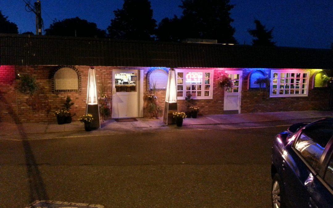 Roy's Towne Pub